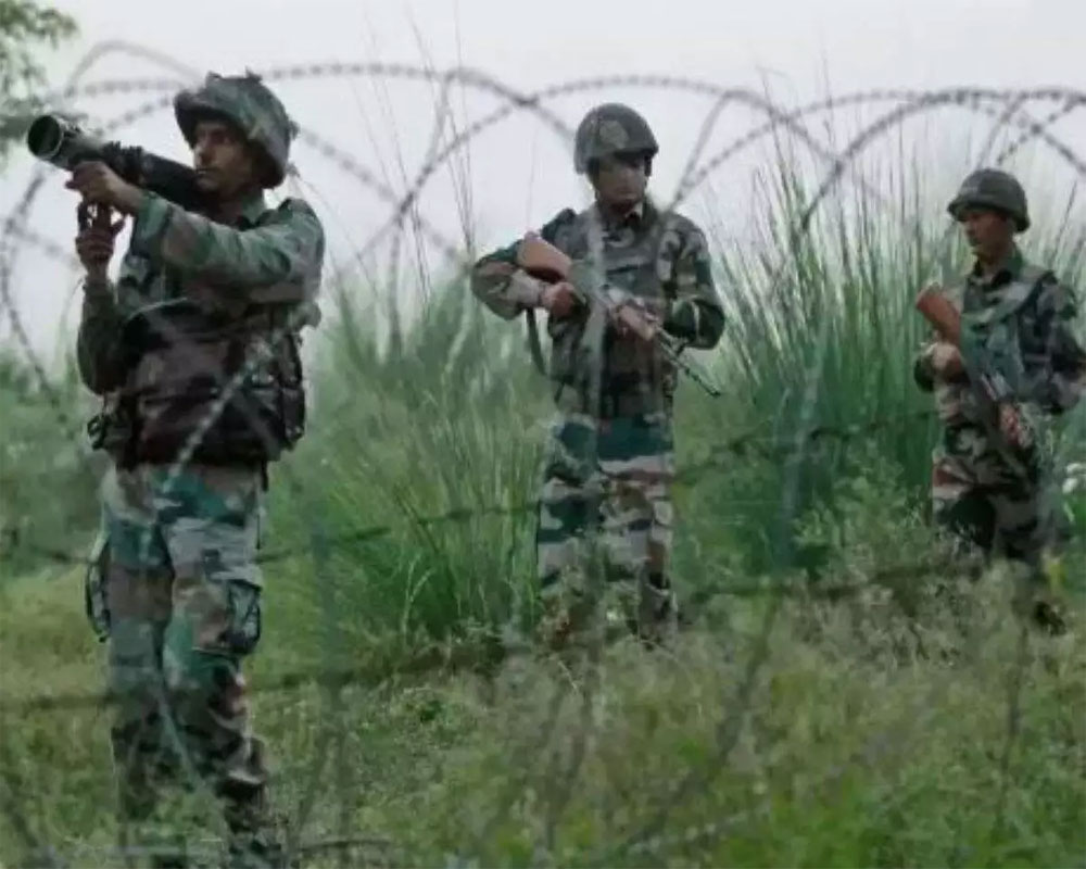 Pak army shells 2 sectors along LoC in Poonch