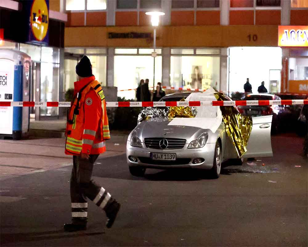 9 killed in suspected far-right attack in Germany