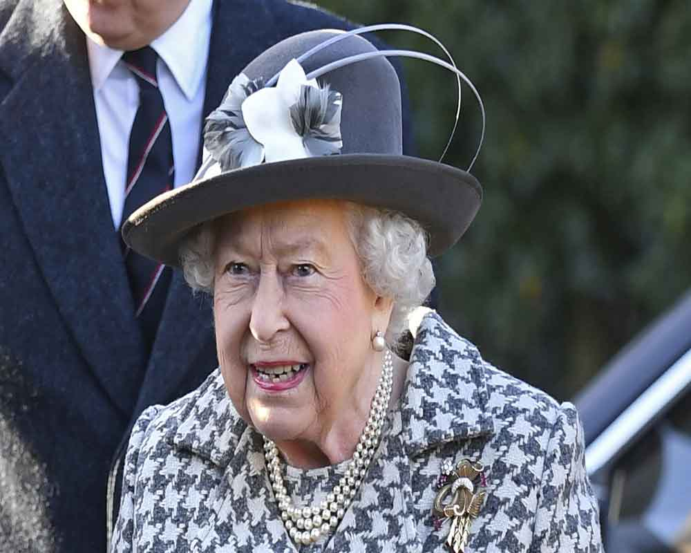 Queen Elizabeth II approves government's Brexit bill