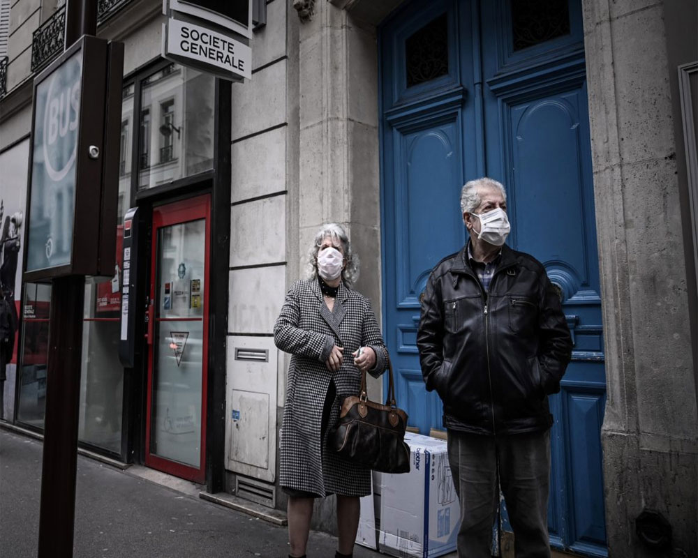 Spain sees slight hike in daily virus toll with 430 deaths
