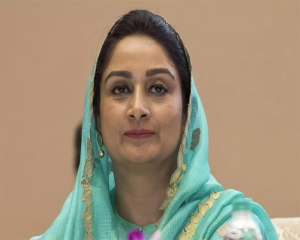 Centre treating farmers as 'enemy of State', alleges Harsimrat Badal