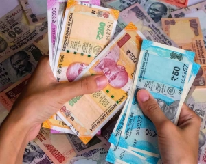 Coronavirus scare: FPIs pull out over Rs 1 lakh cr in Mar