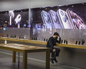 COVID-19: After Samsung, Apple temporarily shuts production in India