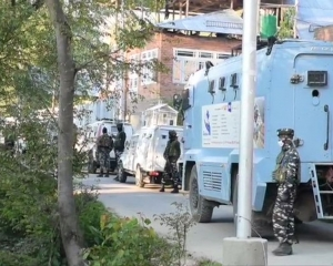 Encounter breaks out between security forces and militants in south Kashmir