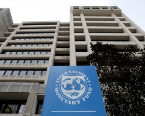 IMF likely to delay release of third tranche  of $6 bn loan to Pak due to COVID-19 pandemic