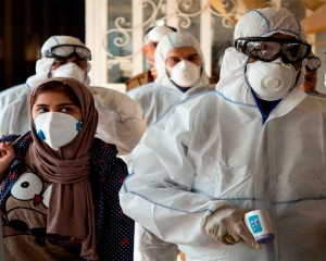 Iran coronavirus death toll rises by four to 12: report