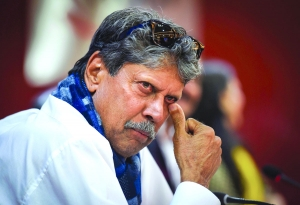 Kapil Dev suffers heart attack, on the mend after critical angioplasty