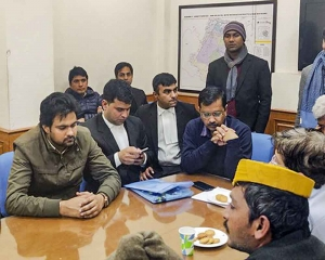 Kejriwal files nomination after waiting for over 6 hours: AAP