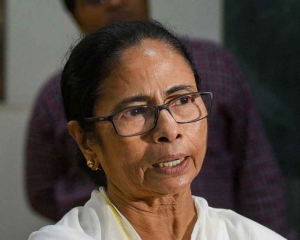 Mamata writes to Modi voicing concern over