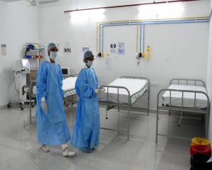 Only 205 ICU beds with ventilators available in Delhi, no vacancy in 60 hospitals