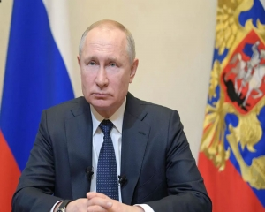 Putin says Russia ready to cooperate on cutting oil production
