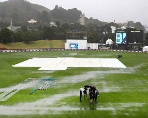 Rain delays start of final session of first Test between India and NZ