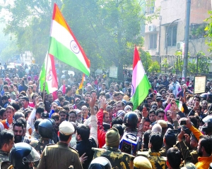 Stir against 29-day Shaheen Bagh road blockade