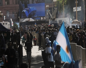 Thousands lining up to farewell Maradona at Casa Rosada