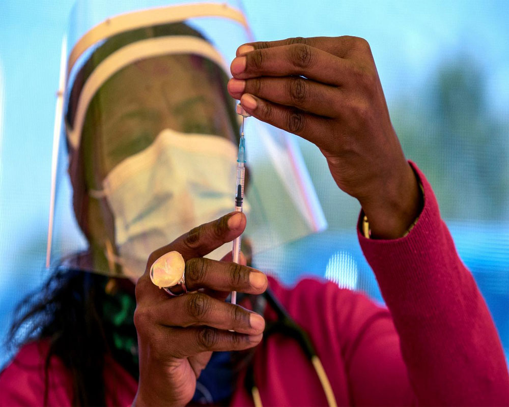 ''This IS INSANE'': Africa desperately short of COVID vaccine