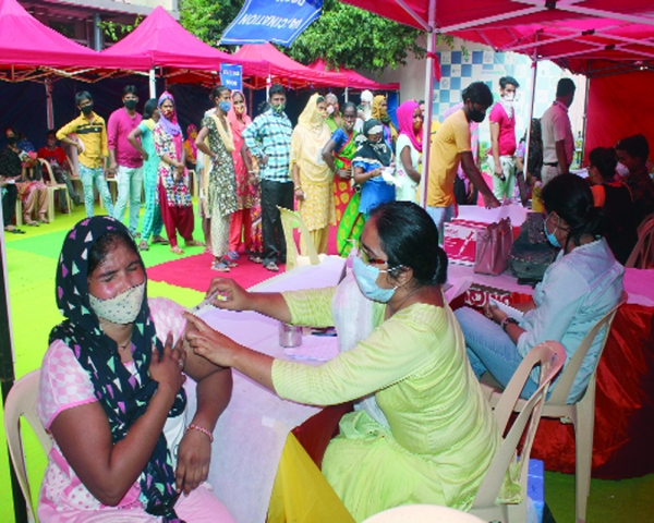 25% Indians fully  vaccinated against  Covid, HP on top