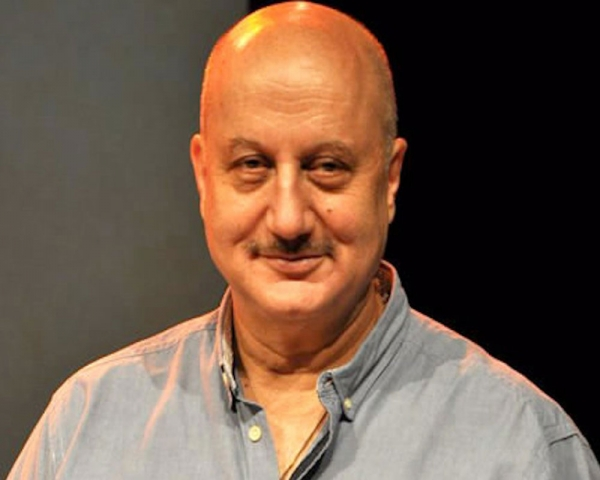 Anupam Kher gets nostalgic ahead of completing 37 years in Bollywood