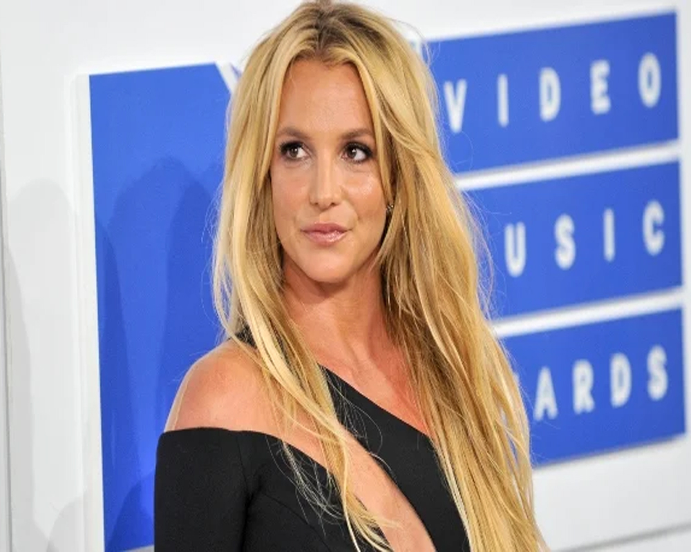 Britney Spears asks judge to free her from conservatorship