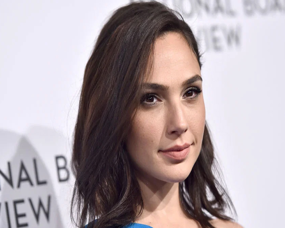 Gal Gadot criticised after she calls for 'solution' to Israel-Palestine conflict