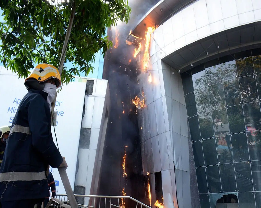 Mumbai: 6 booked for mall hospital fire that killed 9 patients