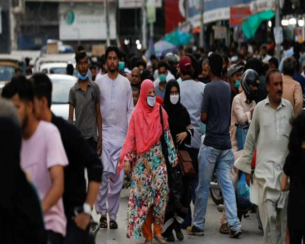 Pakistan sees surge in COVID-19 cases, tally crosses 590,000