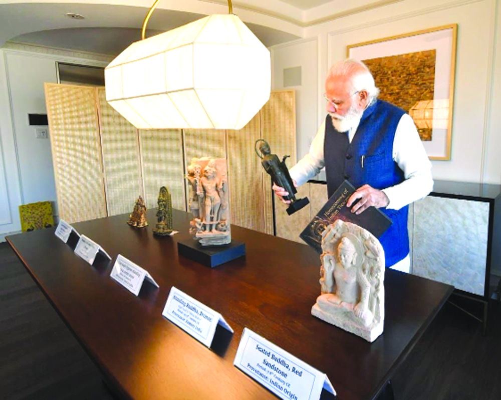 PM to bring home 157 antiquities from US