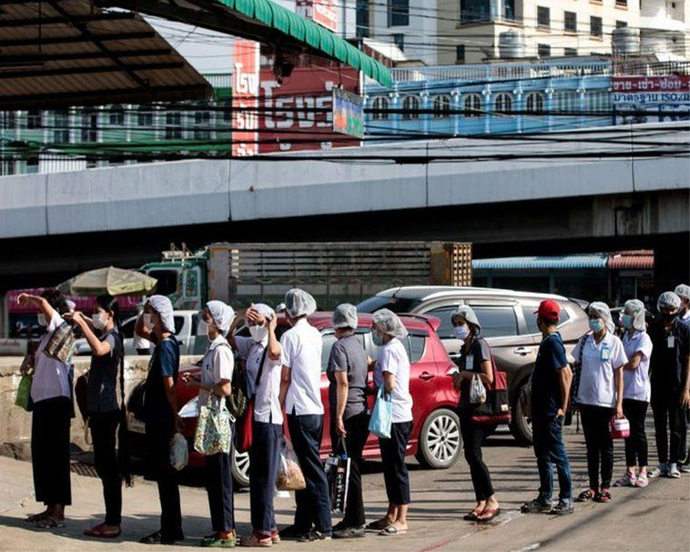 Thailand adds 1,500 cases, mulls new measures