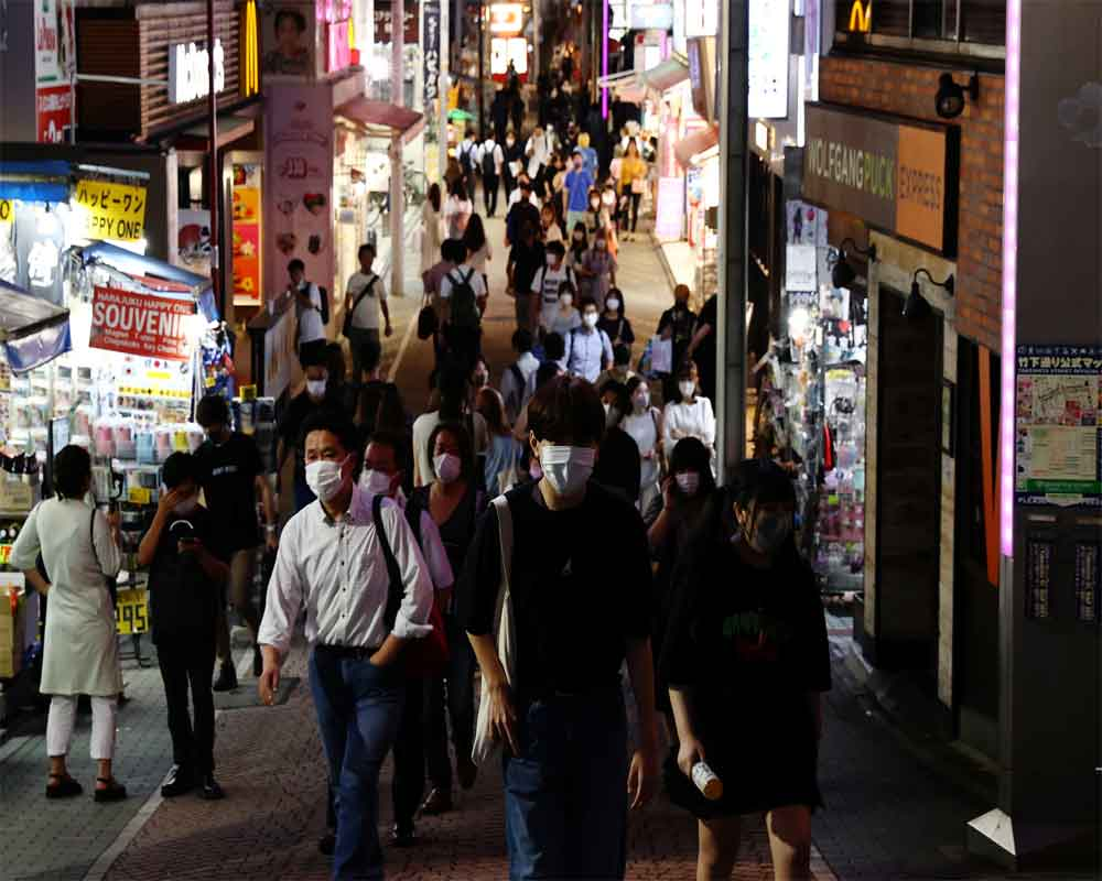 Tokyo logs record 5,042 cases as infections surge amid Games