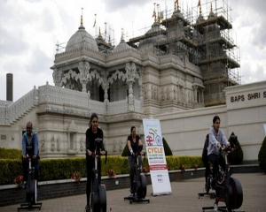 'London to Delhi' cycle raises cash for India's COVID crisis