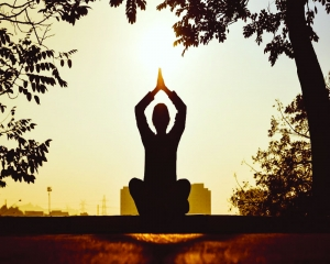 Astroturf | Meditate for a better future