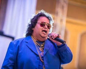 Bappi Lahiri tests positive for COVID-19, admitted to hospital