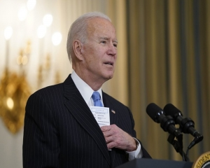 Biden's big relief package a bet gov't can help cure America