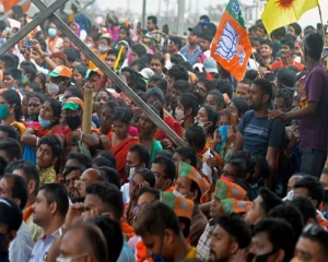 BJP says no more big rallies in WB campaign; Modi, other leaders to address public meetings with max 500 people
