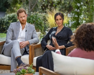 Buckingham Palace silent on Harry, Meghan's tell-all interview as crisis talks on
