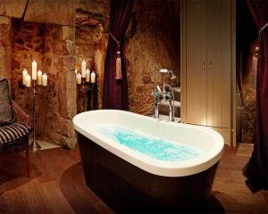 CHEVAL'S TOP QUIRKY STAYS