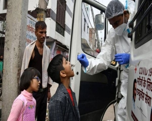 Delhi records over 8,000 COVID cases, highest since Nov 11; 39 more deaths