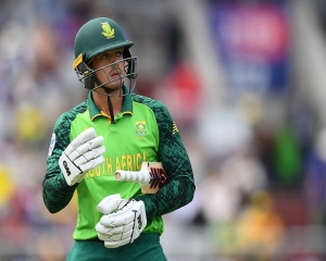 I am not racist: Quinton de Kock says fine with taking knee, available to play for SA
