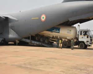 IAF sends aircraft to Dubai to bring 7 empty cryogenic oxygen containers