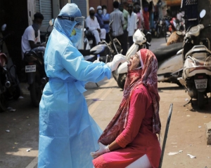 India adds 3,23,144 COVID-19 cases in single day
