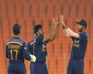 India claim series 3-2 with 36-run win in 5th T20I