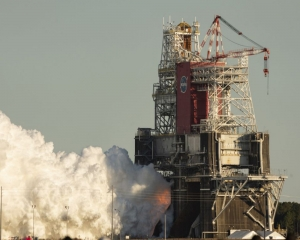 Key NASA rocket test ends with early engine shutdown