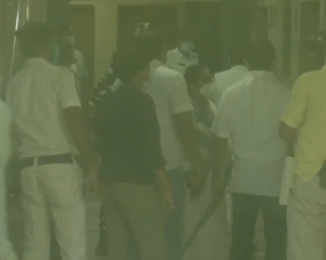 Mamata arrives at CBI office after arrest of Bengal ministers, MLA in Narada case