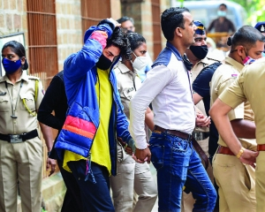 No relief for SRK's son, to be in NCB custody till Thur