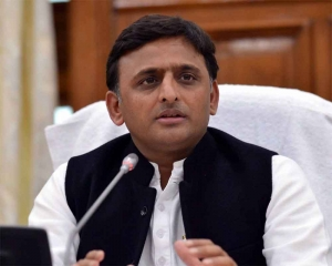 Not paying attention to medical system behind COVID infection spread to villages: Akhilesh