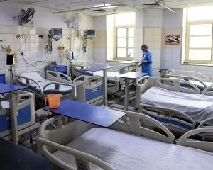 Only 54 ICU beds available for COVID patients in Delhi hospitals: Data
