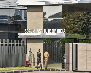 Out of Covaxin, Delhi govt urges Serum Institute to 'come to rescue' & provide Covishield