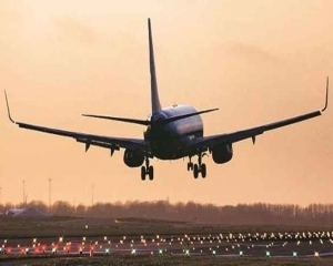 Passengers not wearing marks properly to be de-boarded, treated as unruly: DGCA to HC