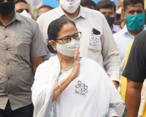 Police register case over 'attack' on Mamata