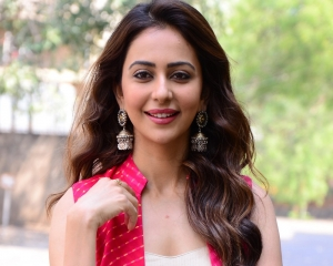 Rakul Preet Singh starts fundraiser to help Covid patients