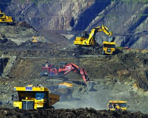 Reforms in the mining sector need to be reviewed